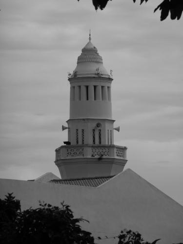 ~acheen street minaret~ image copyright Kris lee 2012